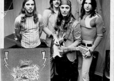 Energy around 1972. Bobby Berge, Jeff Cook, Tommy Bolin, Tommy Stephenson and Stanley Sheldon (top right).